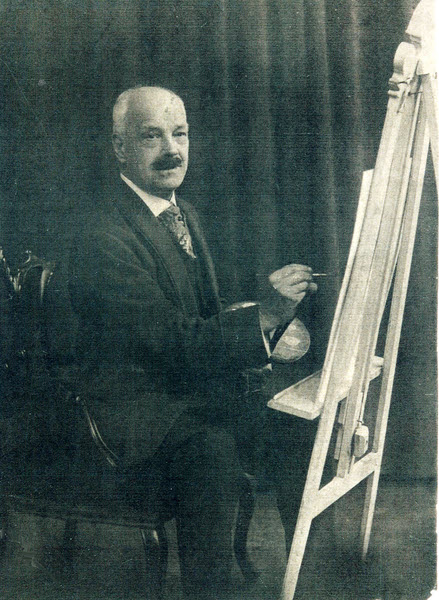Dingwell Burn Tate at his easel, photographed by his son Dingwell Bailey Tate c 1922