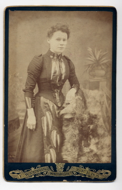 dating tintype photography An interactive database of over 1,000 19th century photographs viewable by years, photograph type, and other reearch categories tintype.