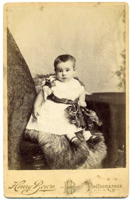 Henry Bown photograph 28 - cabinet card