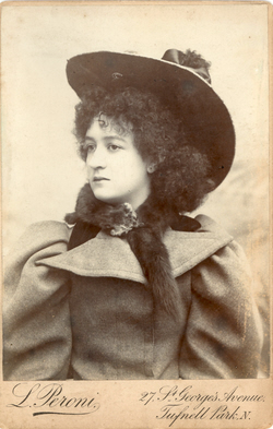 Adelina Rayna about 1897