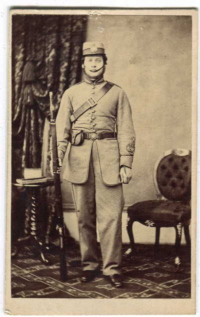 1865-Soldier-of-Guildhall-Company-98-Cheapside-London-cdv-1865-96dpi