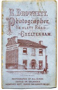 Brownett Victorian Photographer - Studio