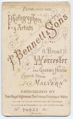 Thomas Bennett & Sons carte de visite 2 tissue (verso)