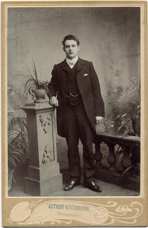 Arthur Alfred Woodbridge cabinet 3