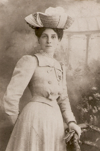 Eliza Richards, wife of Frank Albert Wreford Richards