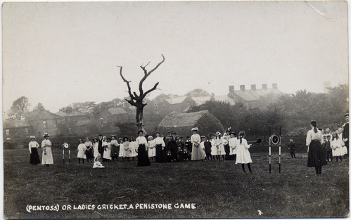 Biltcliffe photographic postcard 1 _ Ladies Cricket (Pentoss)