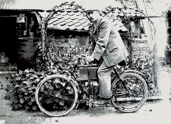 J H Wilson on his motor cycle – about 1903