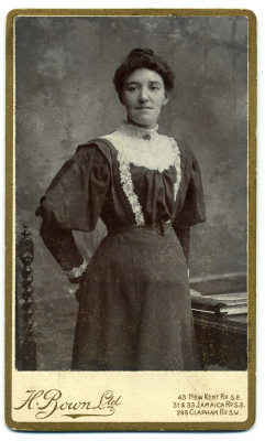 H Bown Ltd photograph 2 - carte de visite