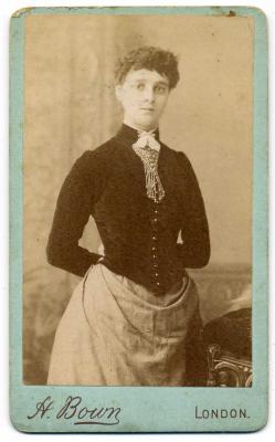 Henry Bown photograph 7 - carte de visite