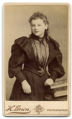 Henry Bown photograph 14 - carte de visite
