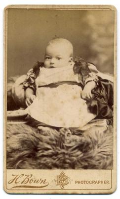 Henry Bown photograph 16 - carte de visite