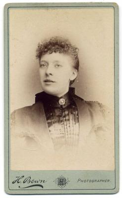 Henry Bown photograph 22 - carte de visite