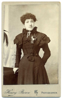 Henry Bown photograph 23 - carte de visite