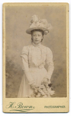 Henry Bown photograph 25 - carte de visite