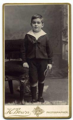 Henry Bown photograph 27 - carte de visite