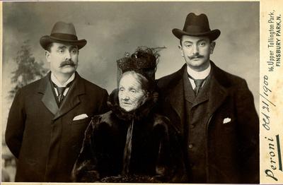 Carlo Rayna, Maddalena Rayna and Gustavo Rayna taken in October 1900